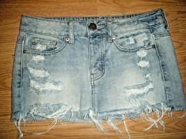 American Eagle Cotton Distressed Denim Skirt Sz 0 - $17.41