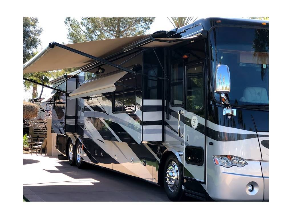 2011 TIFFIN MOTORHOMES ALLEGRO BUS 43QRP For Sale In Bakersfield, CA 93312