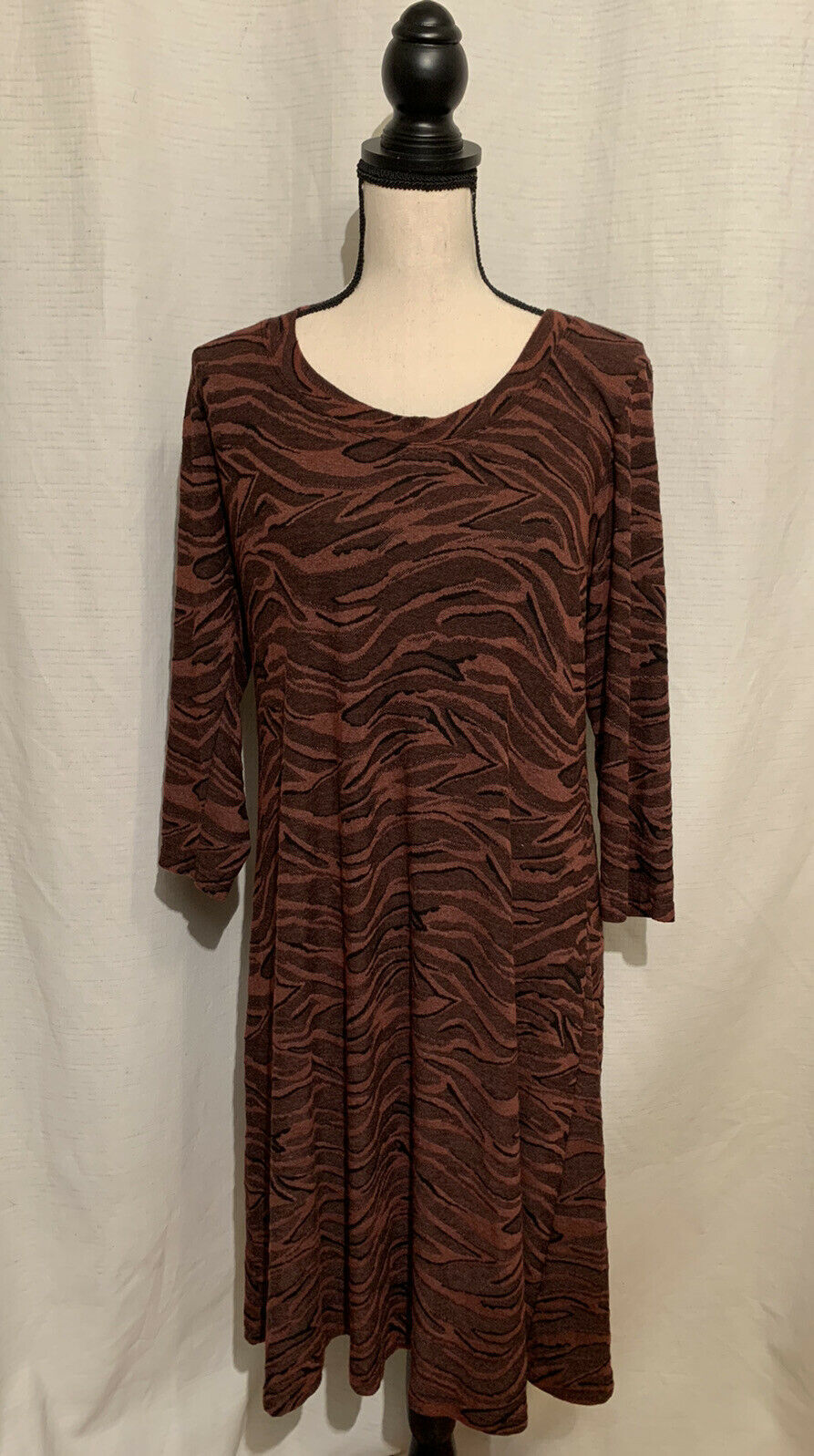 Primary image for Cut Loose Vintage Dress Size Large Animal Print Button Back Red Black Midi USA