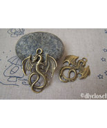 10 pcs of Antique Bronze Flying Dragon Charms    27x34mm  A5143 - $3.45
