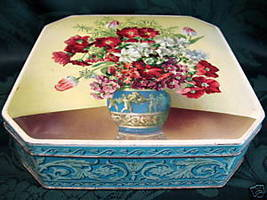 Vintage GRAY DUNN Biscuit Tin Cookie Tin WEDGWOOD VASE FLOWERS Collector - $19.95