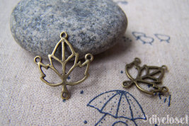 20 pcs of Antique Bronze Filigree Leaf Charms 18x20mm  A4447 - $3.25