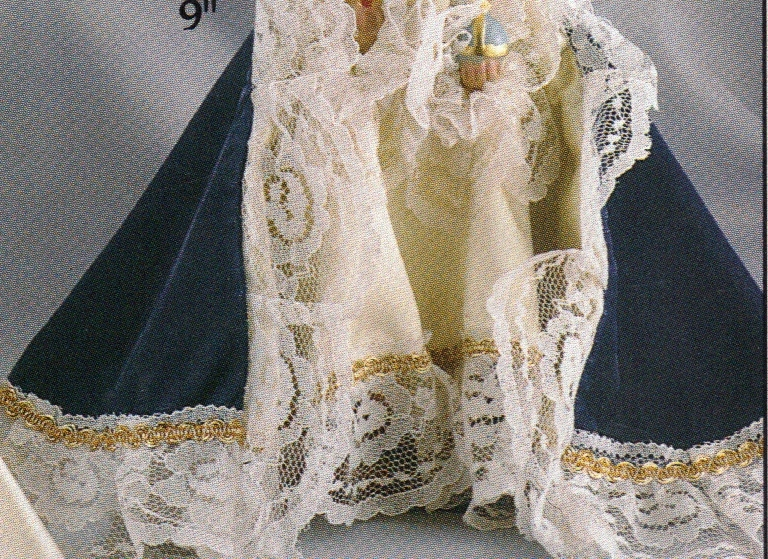 Infant of prague   blue velvet gowned