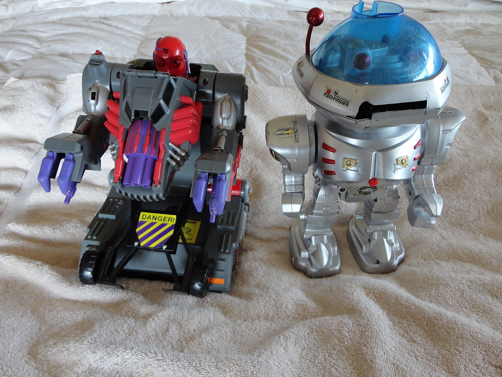 Cosmo Toy Robot New : Power space cosmo warrior intelligent robot voice bot