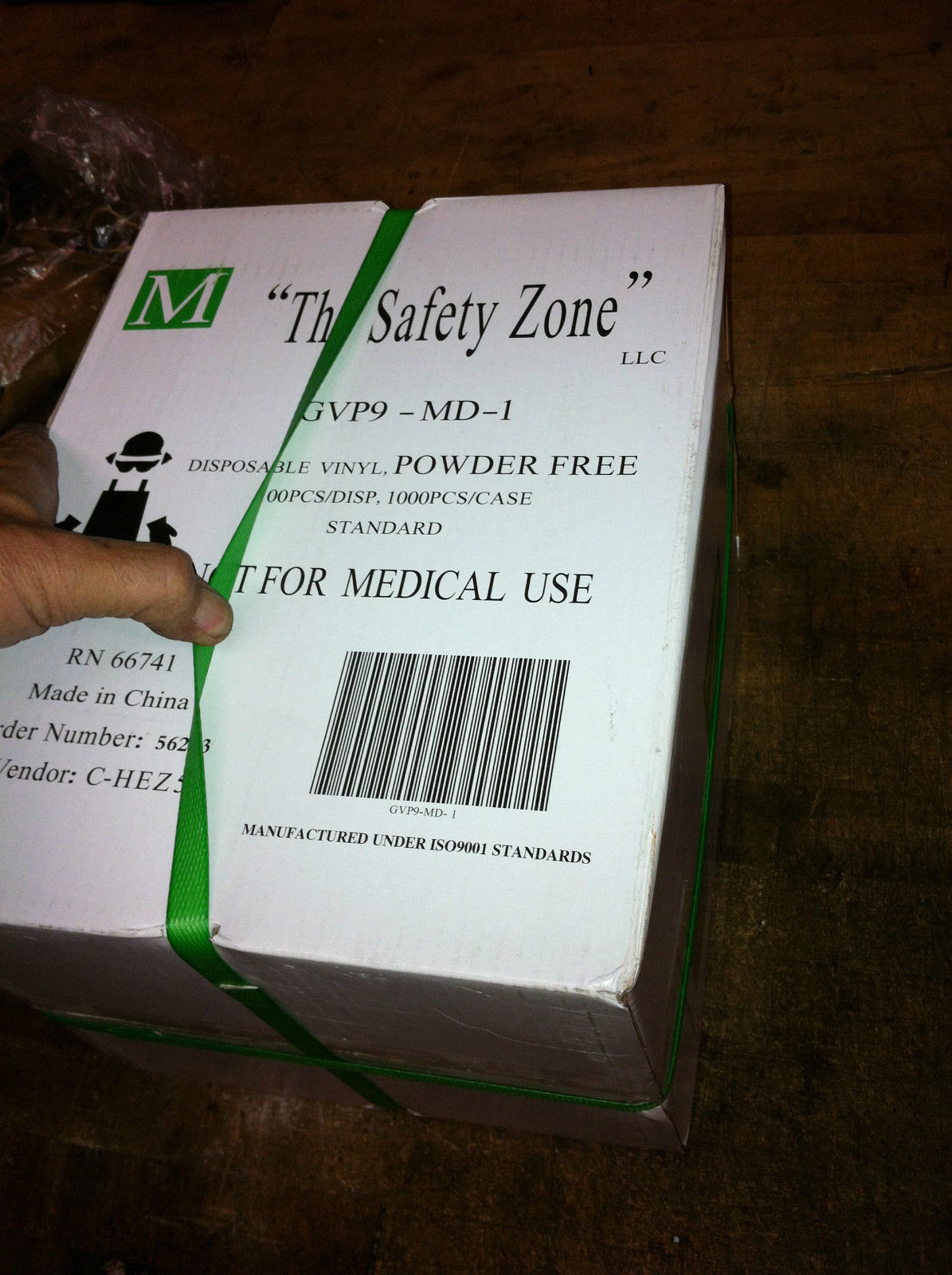 1000 Safety Zone GVP9-MD-1 Powder Free Vinyl Gloves good for food service MEDIUM