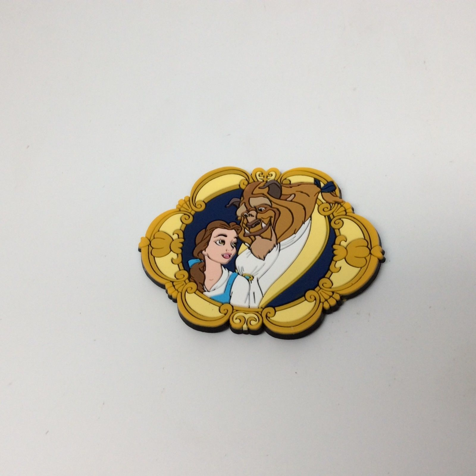 APPLAUSE BEAUTY AND THE BEAST MAGNET