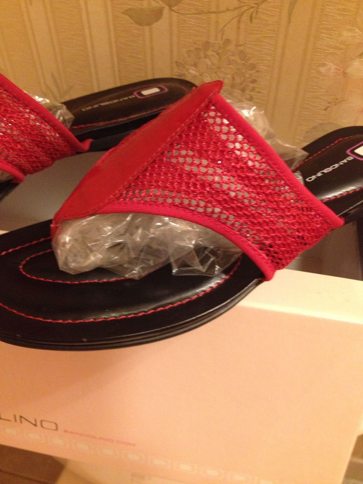 Bandolino Womens Red Mesh/Patent Leather Sandal Size 10M NIB BDCHIPPER Style