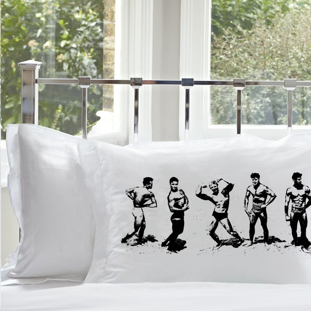 One (1) Black MUSCLE BEACH vintage retro art pillowcase men 1950s 50s 40s 1940s  - $11.99