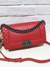 AUTHENTIC CHANEL RED SMOOTH CALFSKIN REVERSO MEDIUM BOY FLAP BAG RHW image 9