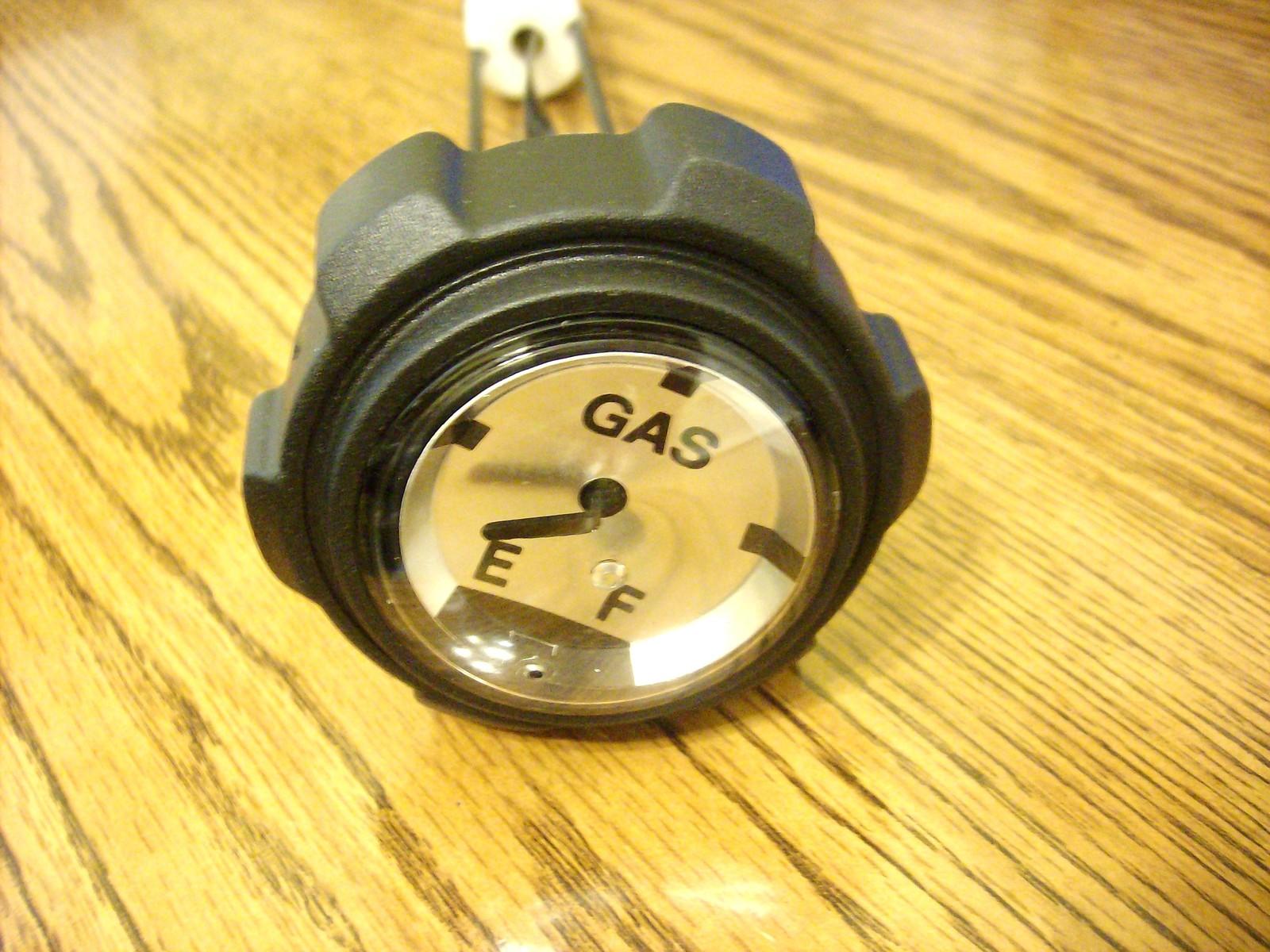 Gas fuel cap gauge for Dixie Chopper 40222