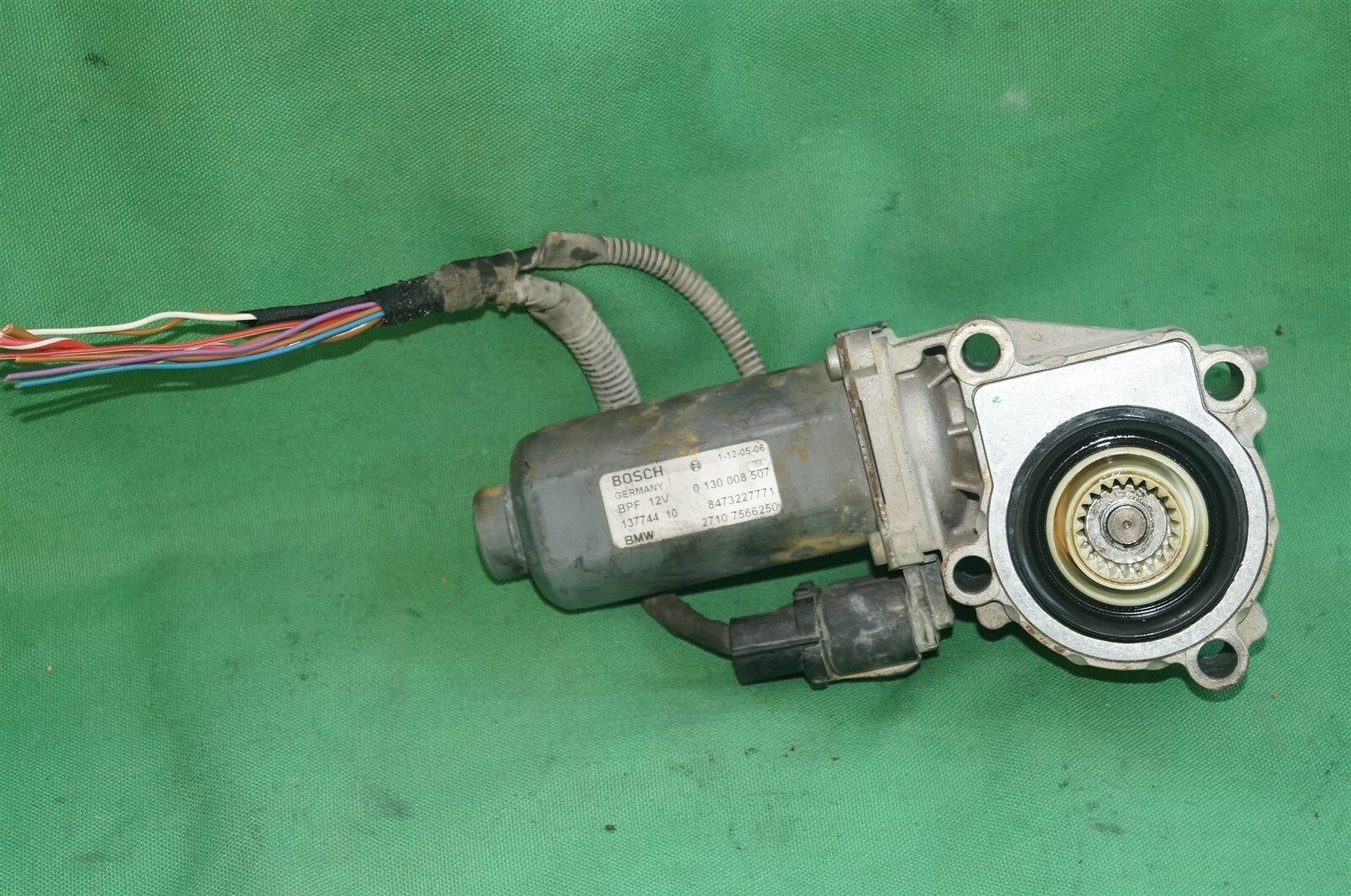 04-10 BMW E83 E53 X3 X5 Transfer Case 4WD 4x4 Shift Actuator Motor 0130008507