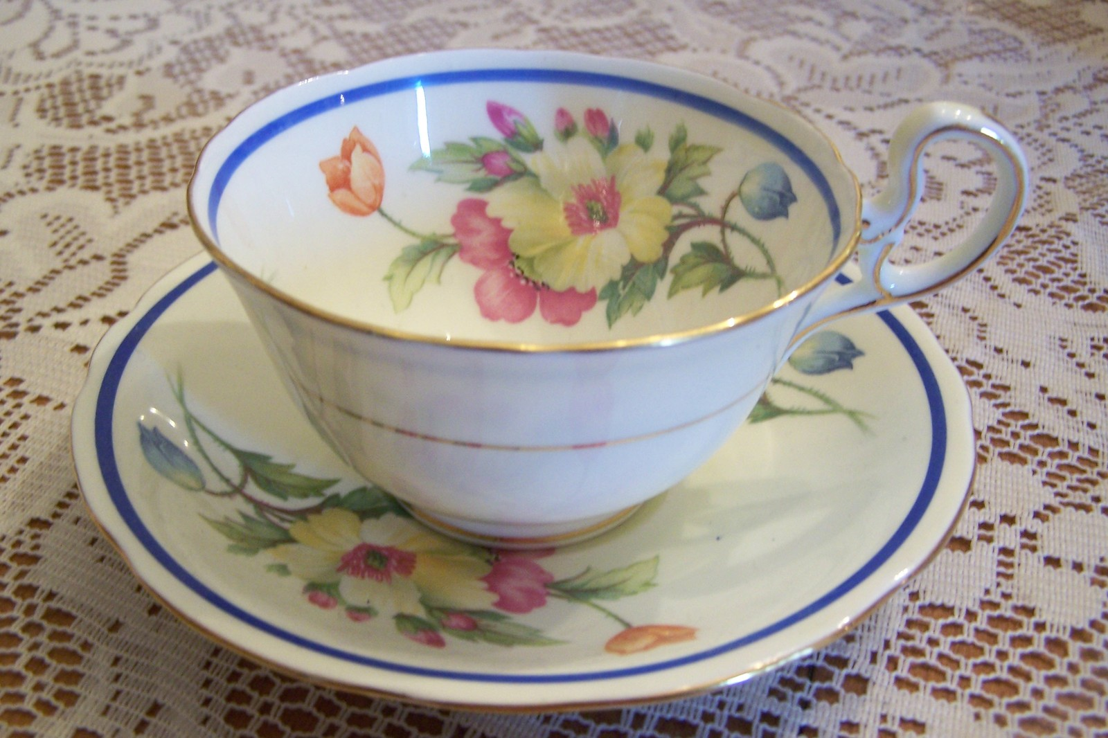 Anysley   gainsborough low foot teacup saucer 001