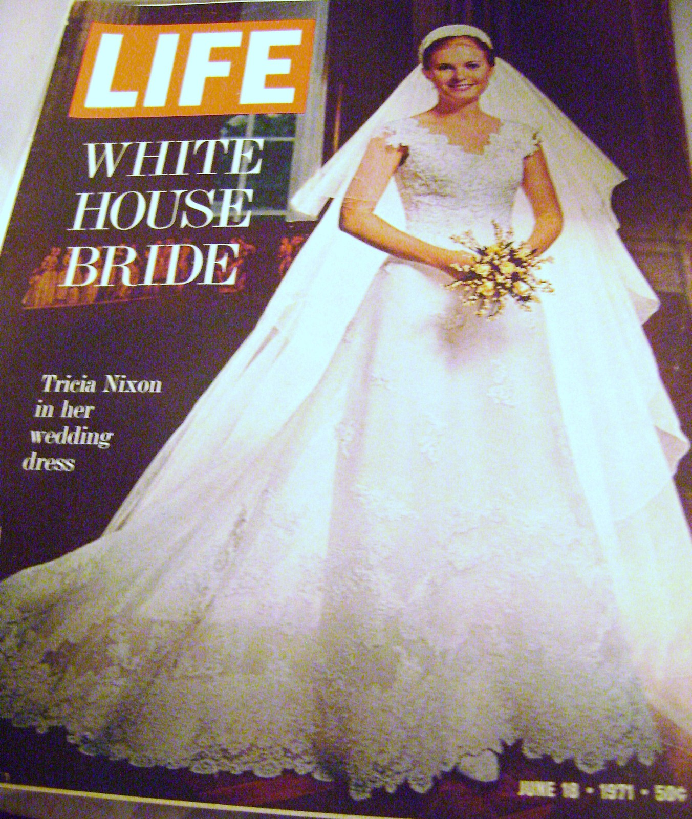 Tricia Nixon Wedding Gown: Vintage Life Magazine With Tricia Nixon In Her Wedding