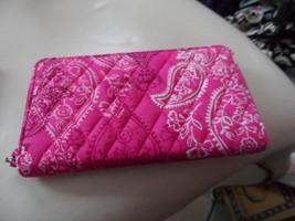 Vera Bradley Accordian Wallet in Stamped Paisley - $26.50