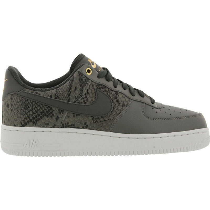 Los Angeles e5d59 8edab HOMME Nike Air Force 0.3m07 LV8 Chaussures and 50 similar items
