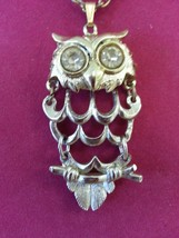 Cute Vintage Silvertone Reticulated OWL Necklace Rhinestone Eyes Goldtone Chain - $13.54