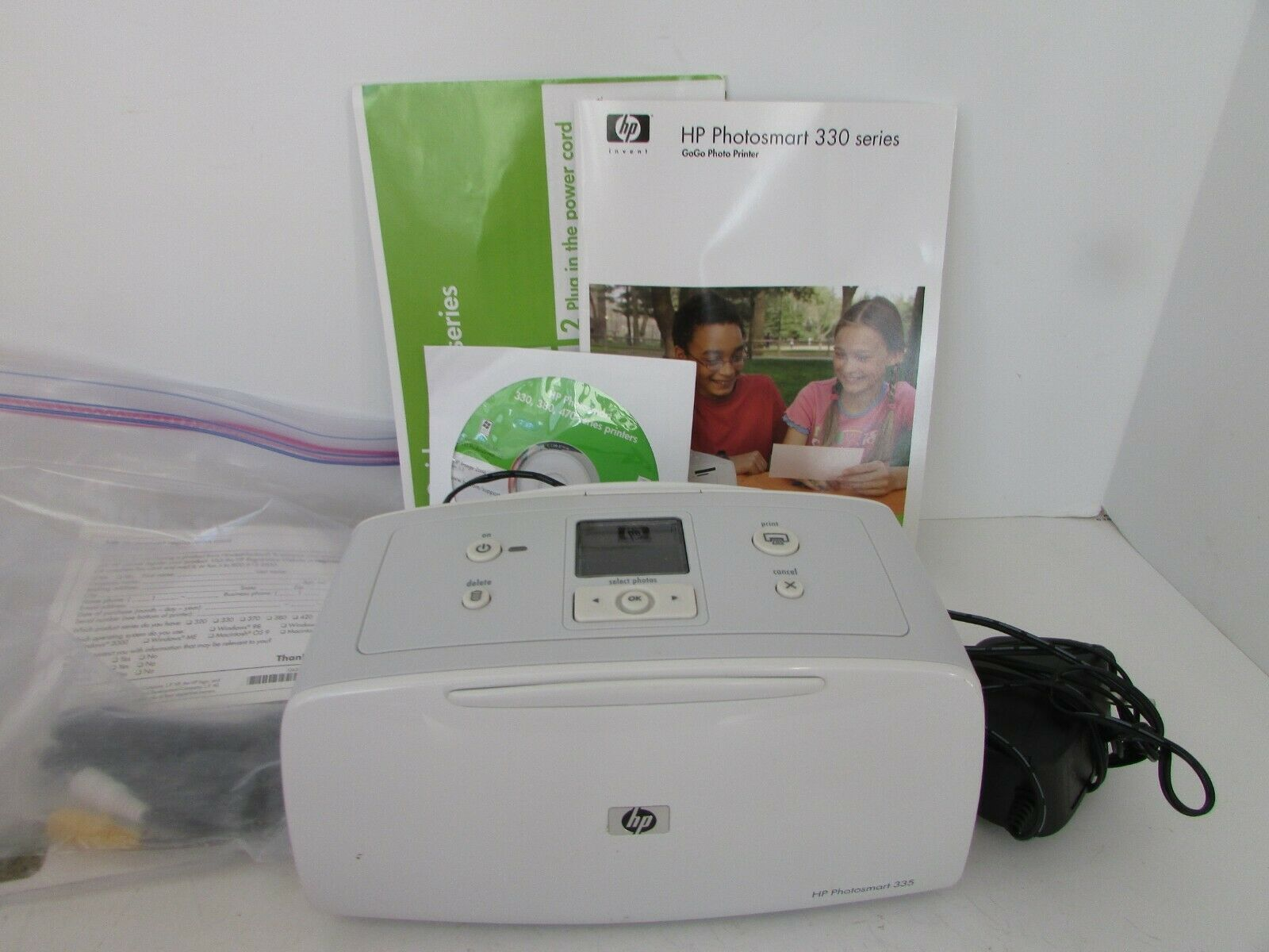 Primary image for HP PHOTOSMART 330 SERIES GOGO PHOTO PRINTER MODEL Q6377L MINT