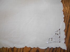 Vintage Cutwork Embroidered Linen Napkins - $18.00