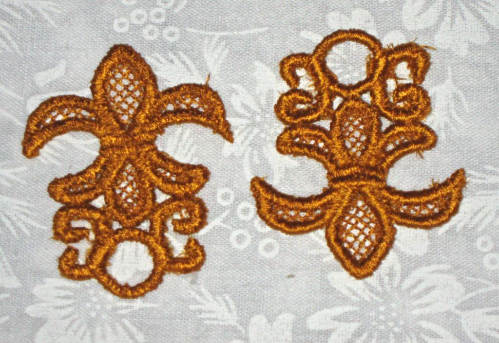 2 Celtic Fluer de Lis, machine embroidered lace, Gold in color