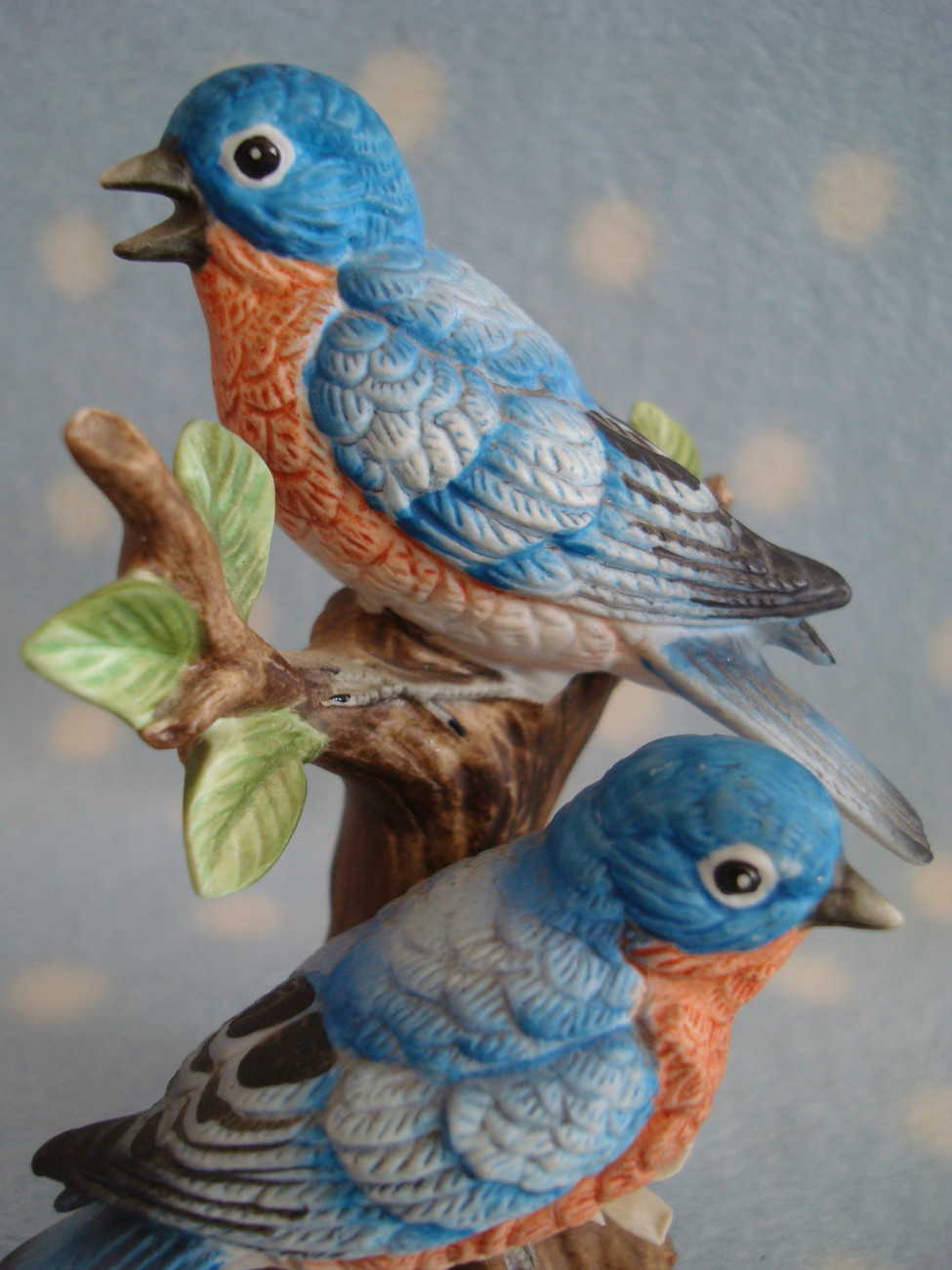 Vintage Lefton Porcelain Bluebirds on Tree ~ Excellent cd makers mark + foil tag