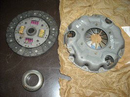 Triumph Spitfire Clutch Kit ( pressure plate, disc and release bearing) - $210.00