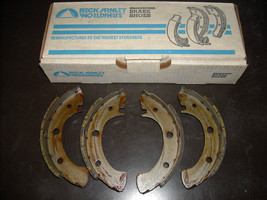 Subaru Brake Shoes Beck Arnley #081-0804 (reman., fits FF1, 1300, 1400, ... - $15.00