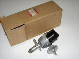 Lucas Distributor, PT# 41369, Model 25D4, 72 Midget - $375.00