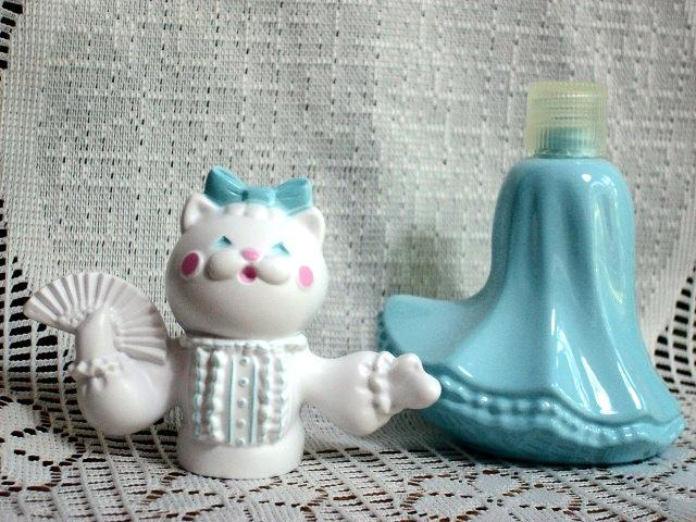 Avon's FELINA FLUFFLES Decanter with 2 oz Pink & Pretty Cologne - New In Box!