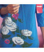 M Med 8 10 Wrangler Blue Rose Floral 3/4 Slv T- Shirt Pullover Knit TUNI... - $12.86