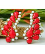 Vintage Lipstick Red White Earrings Opaque Teardrop Glass Beads Clip - $24.95