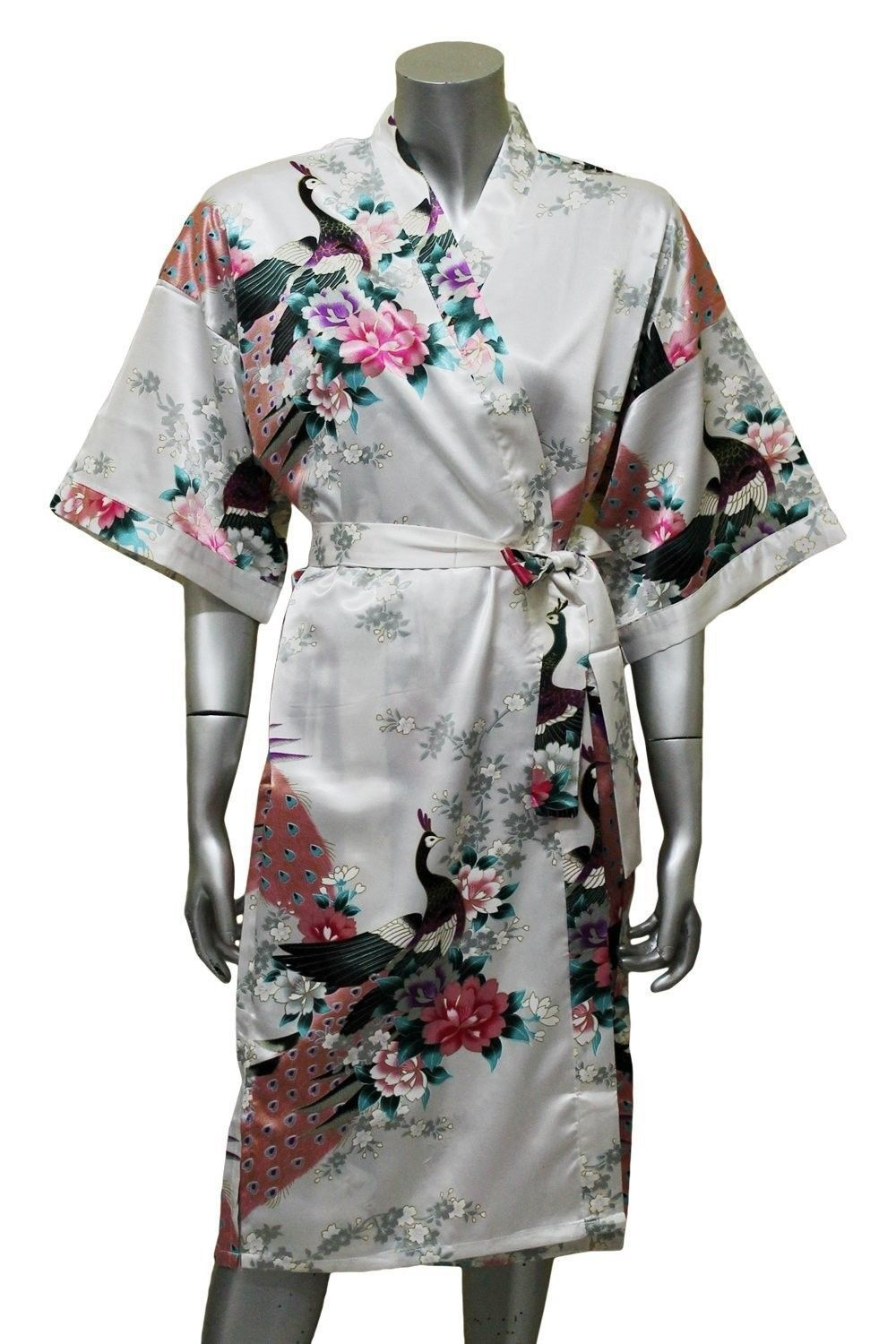 vintage s silk kimono robe + 20s floral silk kimono robe + s Japanese kimono robe = the Hong Kong Garden silk robe Japanese kimono Silk kimono robe Chinese kimono Kimono outfit Kimono fashion Kimono Style Kimono floral Boho Kimono Vintage Kimono PAJAMAS Suits Lingerie Robe Dress Robes Bra Mantle Woman Fashion Embroidery Morning Coat.