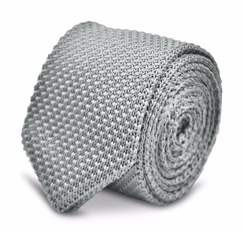 Frederick Thomas pale light silver grey knitted wool tie with pointed end FT3186