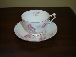 Crown Staffordshire English Rose cup and saucer near mint condition (136F) - $15.99