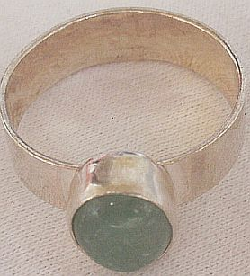 Green branch ring