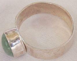 Green  ring 1 thumb200