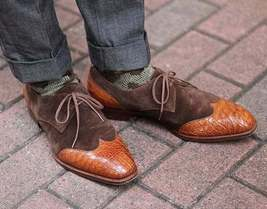 Handmade Men Brown Leather & Suede Wing Tip Crocodile Texture Dress Oxford Shoes image 1