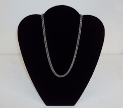 Necklace ~ GUESS Branded Wheat Chain w/Toggle Style Clasp ~  #5410180 - $9.75
