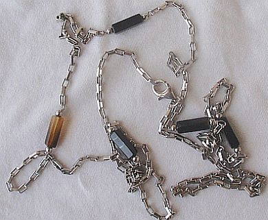 Fashion silver black links necklace