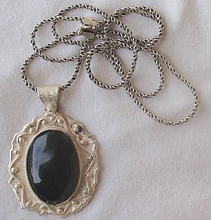 Oynx pendant with beautiful silver frame