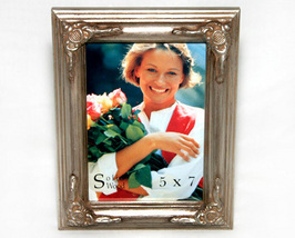 Ornate Style Wood Picture Frame 5x7 - $9.00