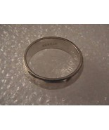 Vintage Sterling Silver Band Ring 4.8 grams size 6 - $25.00