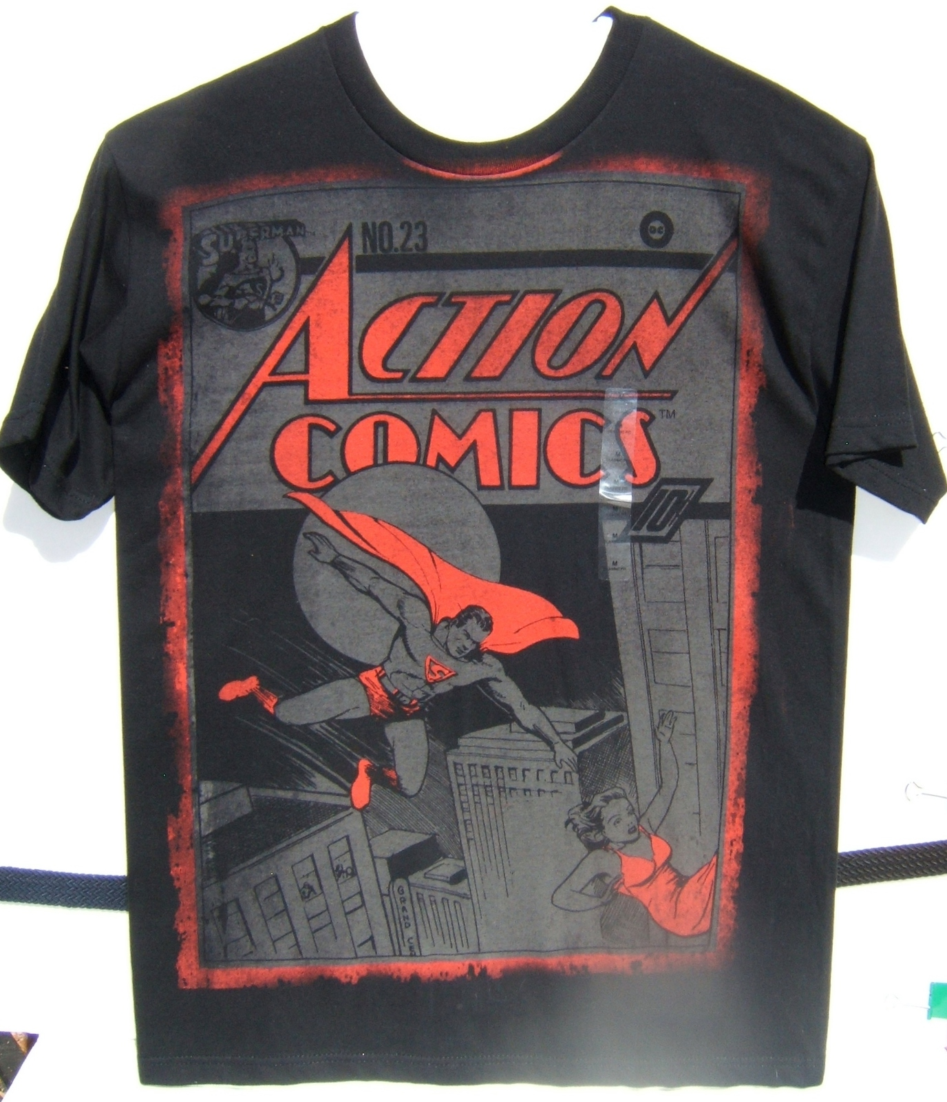 DC Superman Action Comics #23 Short Sleeve T-Shirt Medium100% Cotton NEW w/Tags