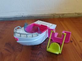 2009 Mattel Polly Pocket Tropical Splash Adventure Speed Ski Boat - $7.00