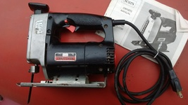 Craftsman Auto-Scroller saw multi - speed. You may find this one a wise choice ! - $33.99