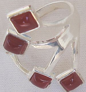 Red branch ring