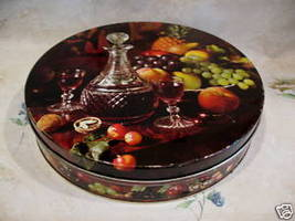 Vintage PEEK FREAN Biscuits Tin Cookie Tin FRUIT WINE DECANTER Glass Col... - $14.95