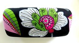Vera Bradley Hard Clamshell Sunglass Eyeglass Case Moon Blooms NWOT - $28.00