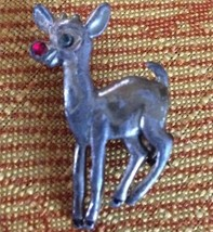 LOVELY VINTAGE RUDOLPH THE RED NOSE REINDEER SILVER TONE METAL PIN W/RHI... - $7.69