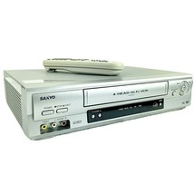 Sanyo VWM-900 VHS 4-Head VCR with Remote Tested - $69.29