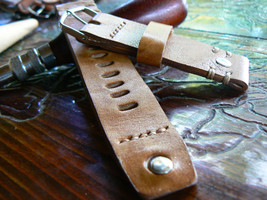 20mm Leather Watch strap// Handmade band// Strap watch// Leather strap//... - $38.12